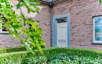 Dit kwaliteitsvol afgewerkte huis in de Oeselgemstraat in Dentergem is volledig instapklaar. In deze...